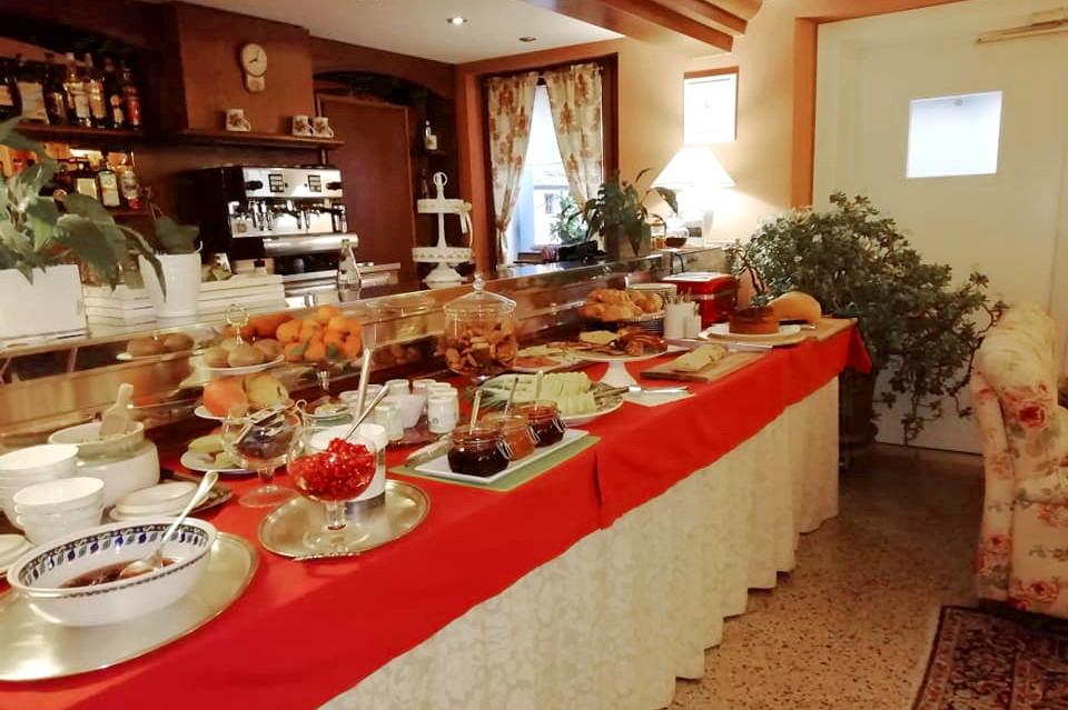 Hotel Calvi a Vittorio Veneto - Colazione a Buffet